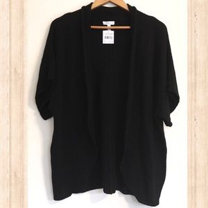 NWT Leith black open front short sleeve sweater